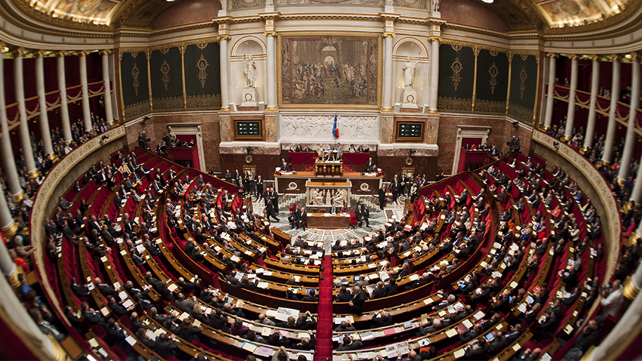 hemicycle-plein-vue-panoramique.jpg
